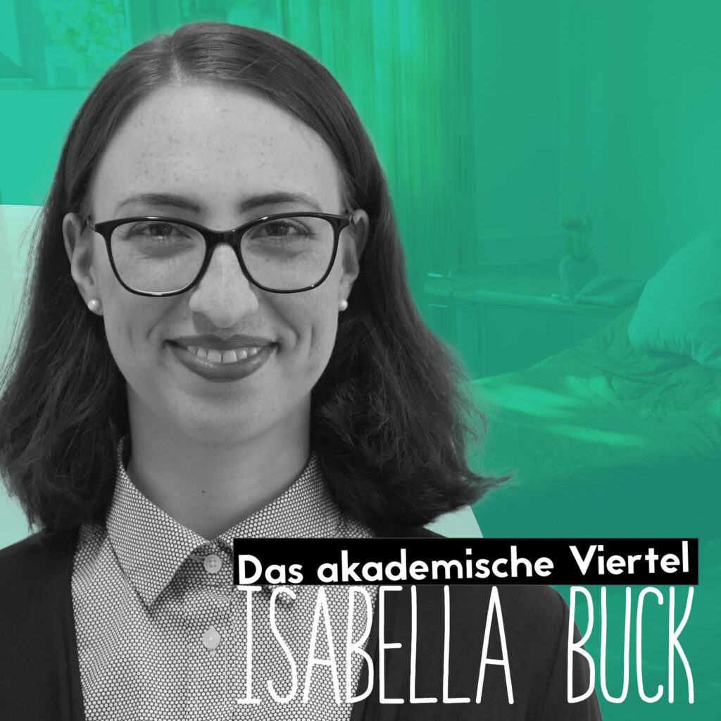 Ein Portrait von Isabella Buck vor einem grünblauen Hintergrund